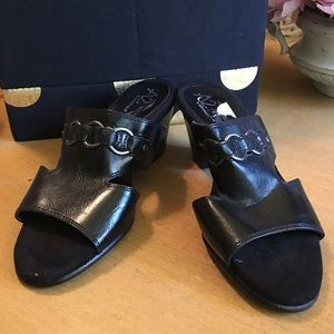 Aerosoles A2 Heel Rest Black Leather Sandals 7 new